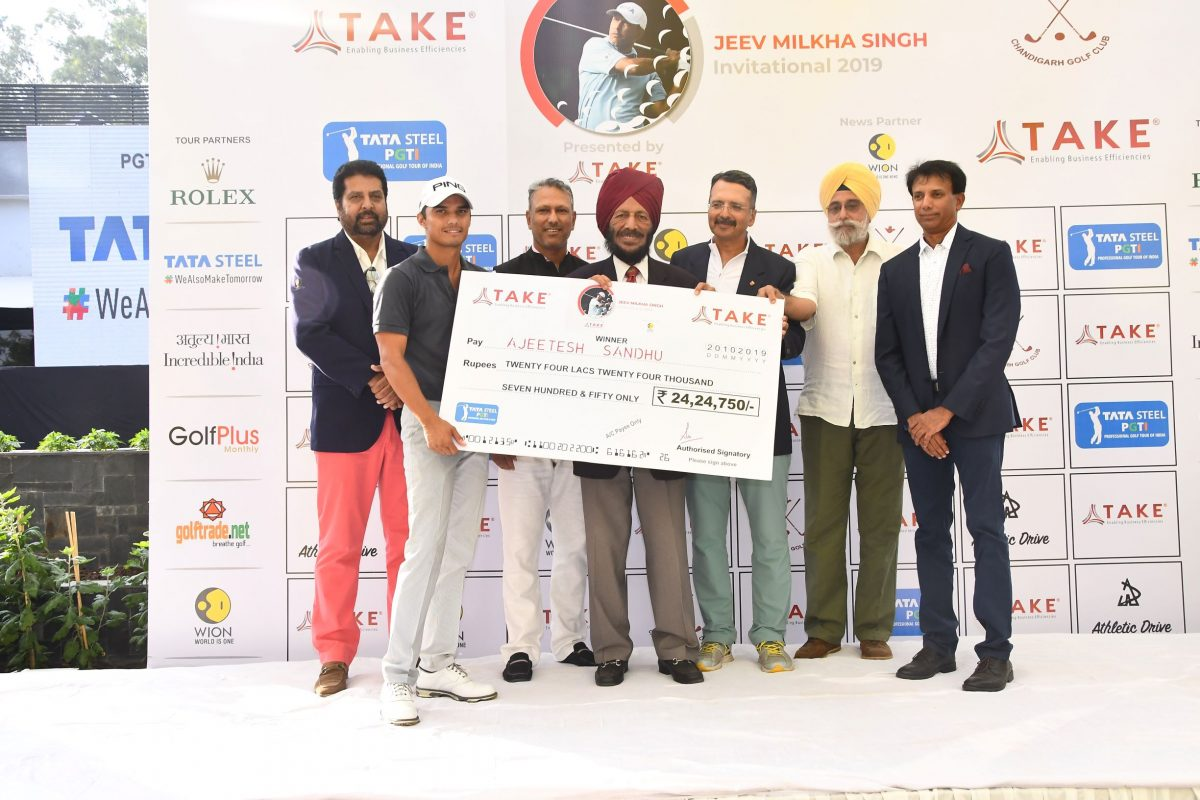 Jeev Milkha Singh Invitational 2019: Chandigarh gofler Ajeetesh Sandhu delights home crowd with spectacular comeback
