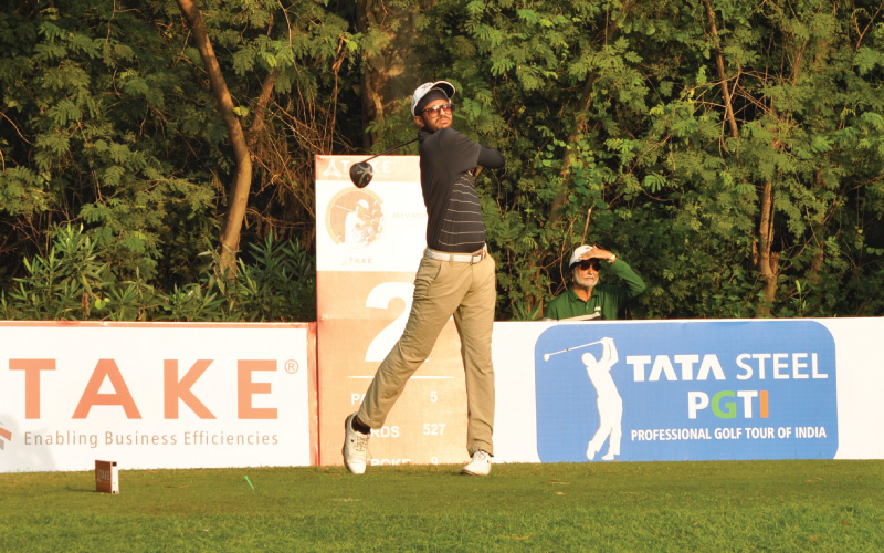Jeev Milkha Singh Invitational: Karandeep Kochhar continues hot streak with 67 on day two